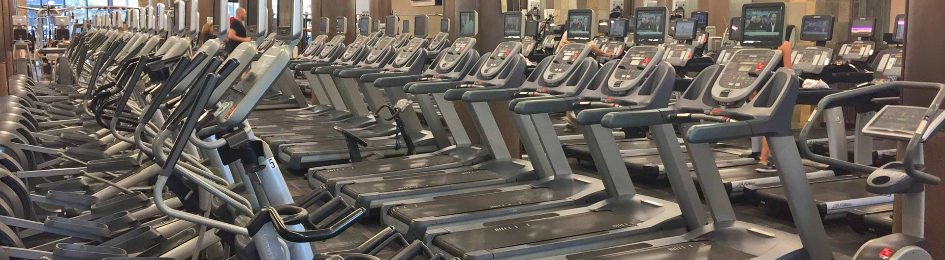 chicago lakeview gym amenities | xsport fitness